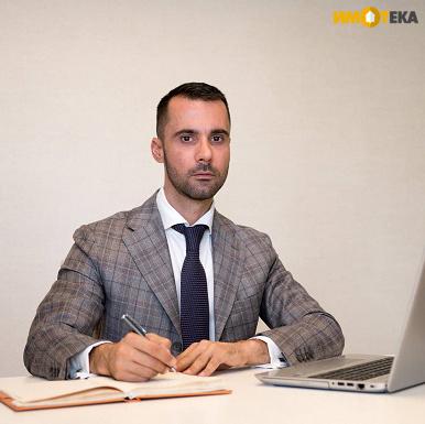Георги Пейчев - мениджър на кантора Център в Имотека, отговаря