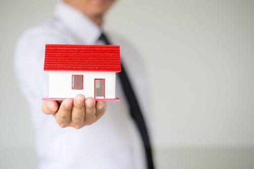 Как да управлявате апартамента си под наем от разстояние?