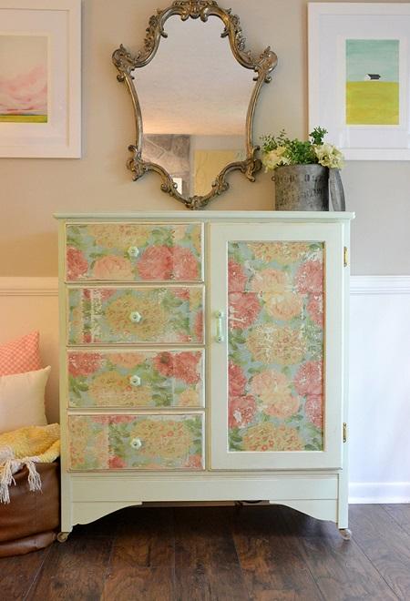 Как да преобразим старите мебели в дома с помощта на декупаж!
