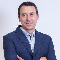 Димитър Генов