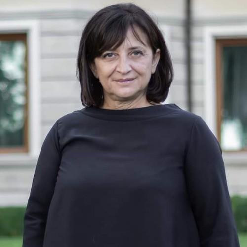 Нели Трифонова
